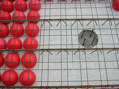 Безбалочное перекрытие с полыми шарами.